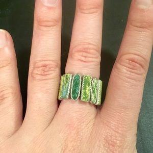 NWOT- tall green boho ring